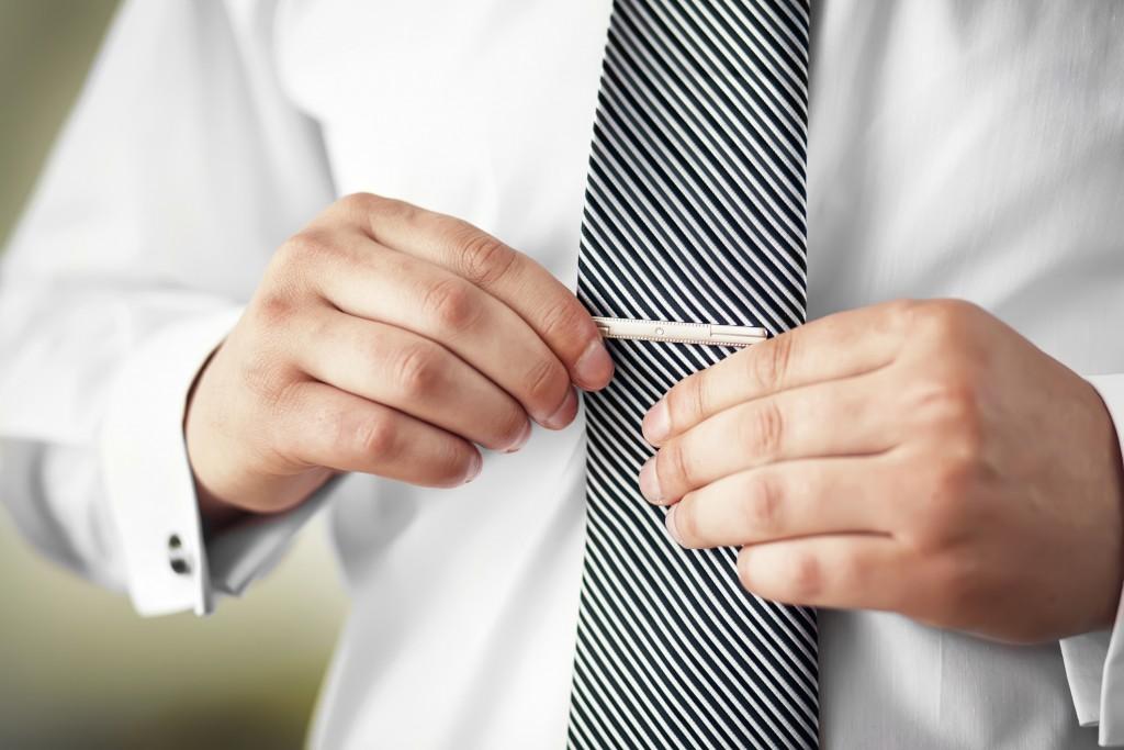 Mannual: Slipsklype/slipsklemme (slipsnål)